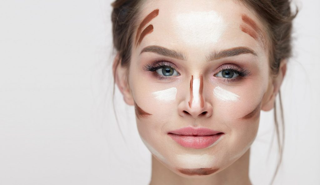 How to contour a Square Face Shape